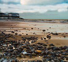 Cromer Pier, Norfolk by mara calvi
