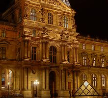 Louvre at Night by raymac