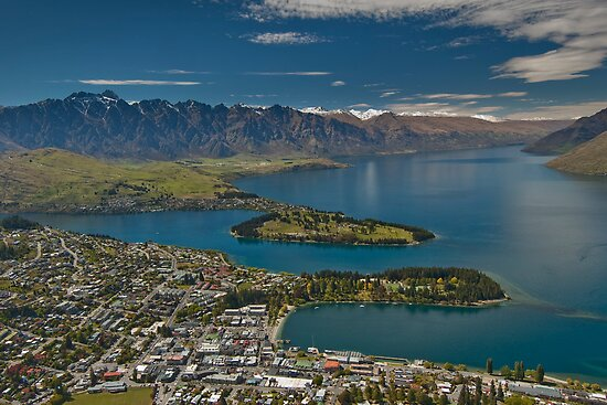 Lake Wakatipu at Queenstown by Werner Padarin
