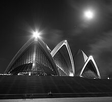 Moonlit Arcs - The Sydney Opera House by dahon