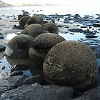 Giants marbles New Zealand by john  Lenagan