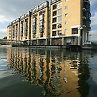 Hilton Hotel, Rotherhithe by John Gaffen