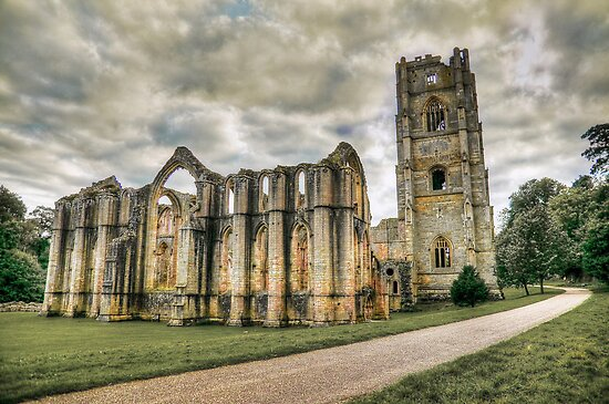 Fountains Abbey. by Sue Smith