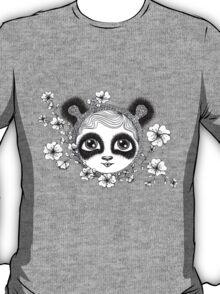 She's got panda eyes T-Shirt