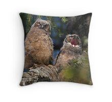 Owlet Siesta Throw Pillow