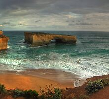 Great Ocean Road: London Bridge by Lawrie McConnell