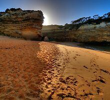 Light Over The Edge -  Loch Ard Gorge, Great Ocean Road, Victoria Australia - The HDR Experience by Philip Johnson
