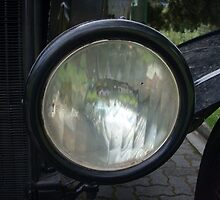 Ford Model T Headlight by Derwent-01