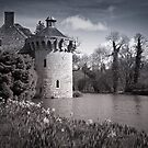 Moody Scotney Castle by DonDavisUK
