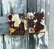 Rusty Hinge by ZombieEnnui