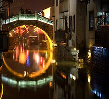 Water canal Suzhou by Mexpat