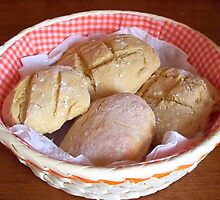 Appetizing home bread rolls. by daffodil