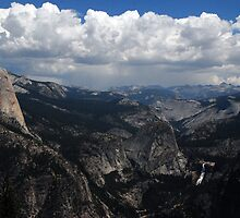Mountains in Yosemite by ShootinMickey