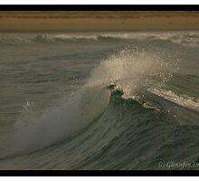 An Empty Wave by Glennfen