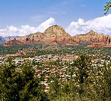 Sedona, Arizona by Paul Gitto