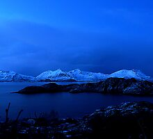 The blue hour by sosivertsen