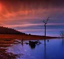 Lake Hume 9 by John Vandeven