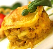 Chicken-Curry-Lasagna With Yellow Pepper Cream by SmoothBreeze7