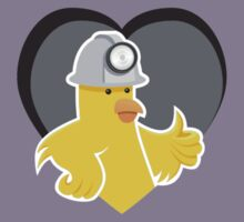 Desktop Gremlins presents The Canary! T-Shirt