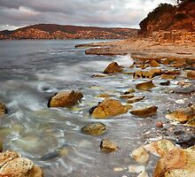 Sandy Bay from Bellerive Bluff by Chris Cobern