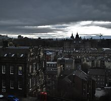 Gloomy day in Edinburgh by Laura Sanders