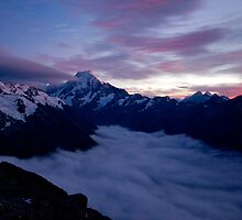 Aoraki/Mt Cook Sunrise by Tannachy