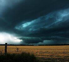 Menacing Skies by SouthBrisStorms