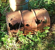 Rusty metal drum  by charlottelisa1