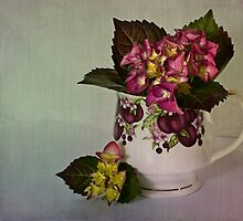 Flower arrangement by inkedsandra