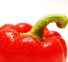 Red pepper by Arve Bettum