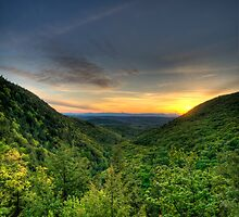 Sunset in Berkshires by sburdan