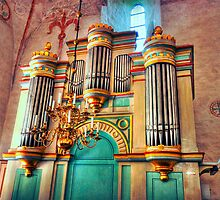 Church Pipe Organ by robert cabrera