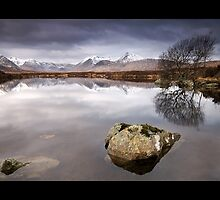 Rannoch Moor by james  thow