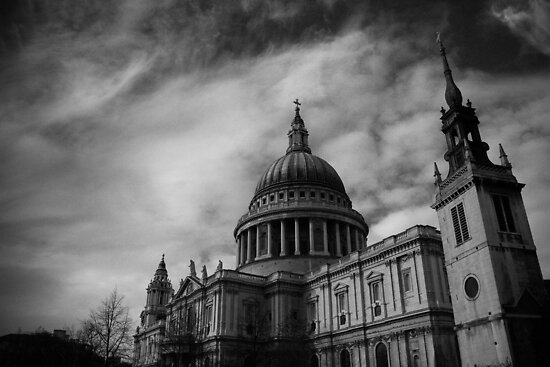 St Paul's Cathedral by Ben Walker