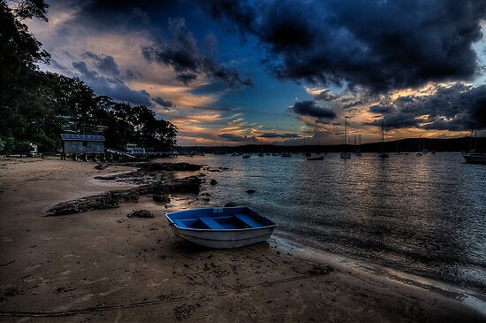 Darkness Falls - Paradise Beach, Sydney - The HDR Experience by Philip Johnson