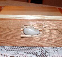 Keepsake Box No. 64 by Robert's Woodworking Studio