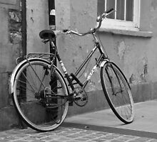 On yer bike... by JRHPhotography