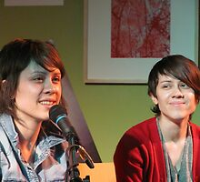 Tegan and Sara by shaunsomething