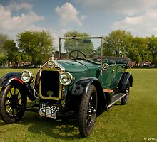 Wolseley Tourer by Aggpup