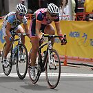 AMGEN 2010: women sprinters in Sac Grand Prix by Lenny La Rue, IPA