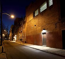 Alley in Philly by Glennis  Siverson