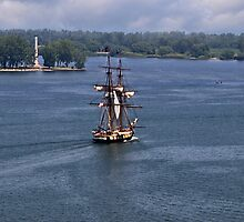 "Commodore Oliver Hazard Perry""S Ship and Monument by Kathy Weaver"