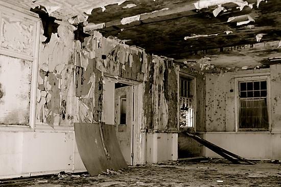 Harperbury - Decay by Richard Pitman