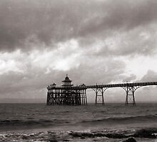 Clevedon Pier - North Somerset by Craig Joiner