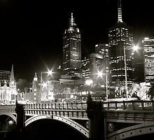 Melbourne at Night - Southbank Promenade by jesscob23