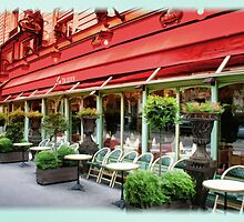 Paris Cafe by Dennis Granzow