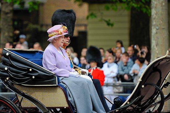 Queen Elizabeth: Queen of The United Kingdom.  by DonDavisUK