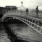 Ha&#x27;Penny bridge by Esther  Molin
