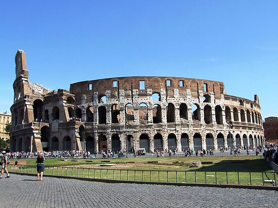 Colloseum on a clear day by geojas