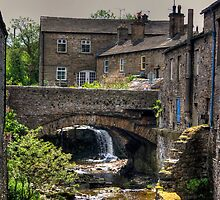 Bridge in Hawes by Tom Gomez